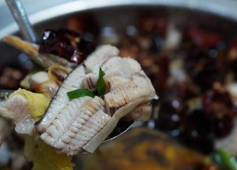 美味的食物真的很受欢迎,厦门人心目中的老字号来到了大摊位