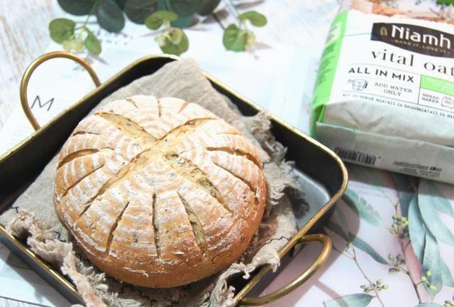 零失败的懒人面包,面包粉加水就能做,高纤低脂,减肥也能吃!