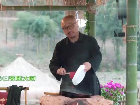 向往的生活:徐峥秀厨艺,做得油焖笋黄磊都咽口水,简直太赞了