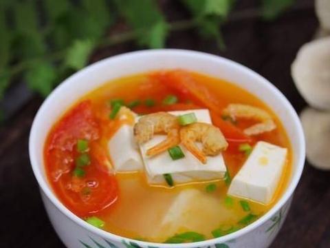 一个汤小白也可以学习:西红柿虾仁豆腐汤,简单的营养和美味