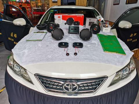 12款锐志升级JBL音响,锐志四门隔音改装案例