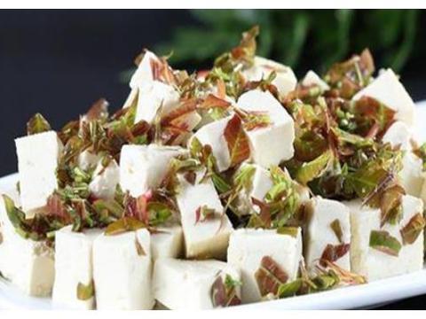 美食精选:芥末扇贝边、香椿拌豆腐、蒜香芥兰、凉拌土豆丝