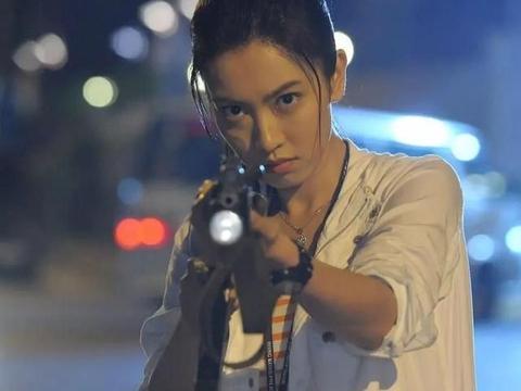 放弃TVB后,朱千雪从当家花旦进修成为大律师,活出潇洒人生