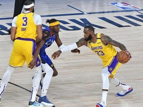 分区决赛G1就拿到35+10 浓眉哥成NBA历史第五人