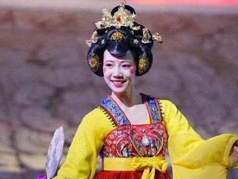 忘掉潘玮柏的宣云和不倒翁小姐姐冯晨佳的身份,你们更喜欢哪个?
