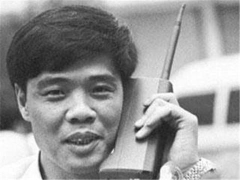 中国第一位办手机号的人,当年靓号随便选,他最后挑了个什么号?