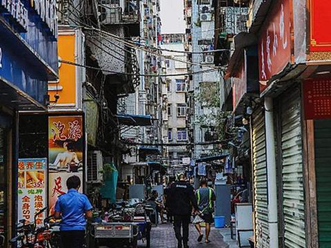 """深圳""""人流量最多""""城中村,被称华强北的后花园"""