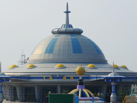 """江西争议最多的乐园,历经4年倒闭,曾是4a,被称""""山寨迪士尼"""""""