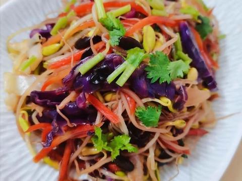 美食:农家干鲜蔬炒豆腐,粟米豆腐杂粮炒饭,彩炒黑豆芽