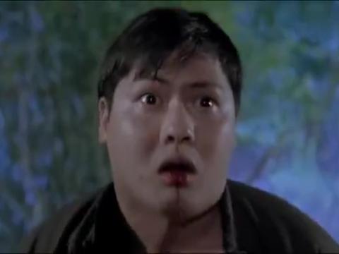 灵幻先生:妖女嘴里吐出蠕虫,英叔一看不简单,亲自献出童子尿