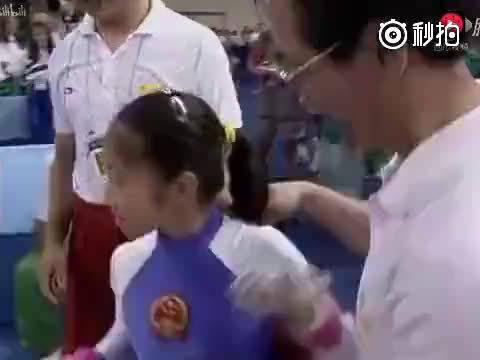 中国体操史上,唯一一次以满分夺金的高低杠,分数出来全场沸腾了