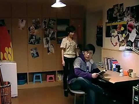 胡一菲要给吕子乔找心理医生,曾小贤哭诉被一菲弄得内分泌失调