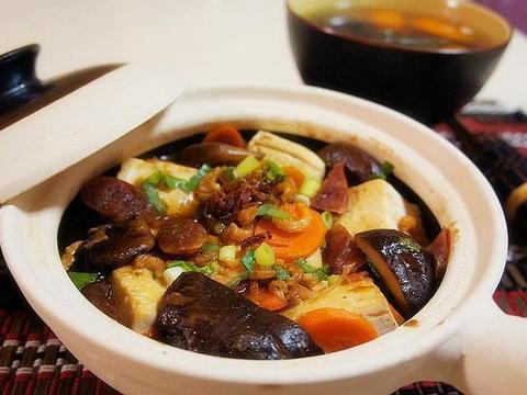 美食精选:青椒炒笋干 、四红补血粥 、冬菇虾米豆腐煲、蟹味菇