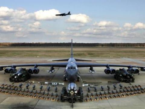 B52已年过半百仍要升级,先进一代的B1B不仅没份,还要全部退役