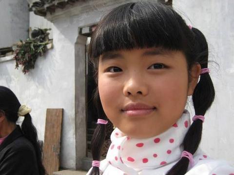 《武林外传》走出的童星,28岁的王莎莎,不够漂亮但招人喜欢