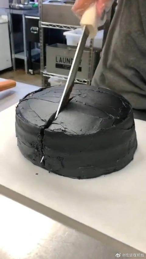新东方毕业的手法,利用杠杆原理切蛋糕,清华学霸看到都不服!