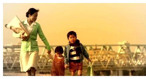 东野圭吾的刑侦电影《红手指》,换个场景带你看心理咨询过程
