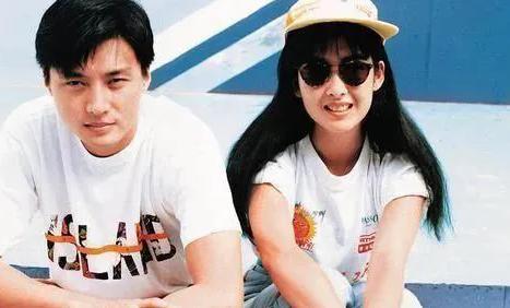 浪子倪震:李嘉欣陈法蓉是他的旧爱,娶周慧敏后仍不断出轨