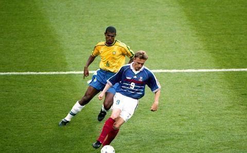 从法国队雅凯到国安队热内西奥,法国教练总那么招人讨厌?