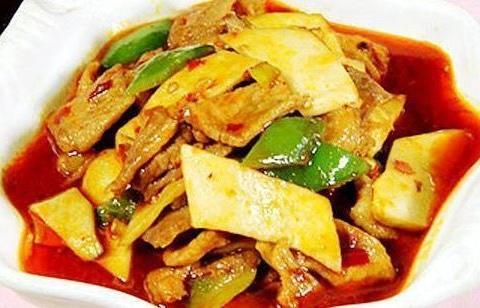 美食精选:鱼香杏鲍菇炒肉、白果炒芹菜、泡椒田鸡、酱汁萝卜