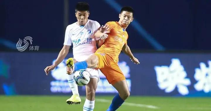 格德斯赛季首球郭田雨传射 鲁能4-0淘汰大连人