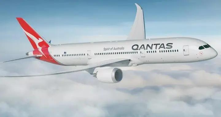 """澳航出""""无目的地""""观光航班!俯瞰大堡礁及乌鲁鲁,机票被疯抢"""