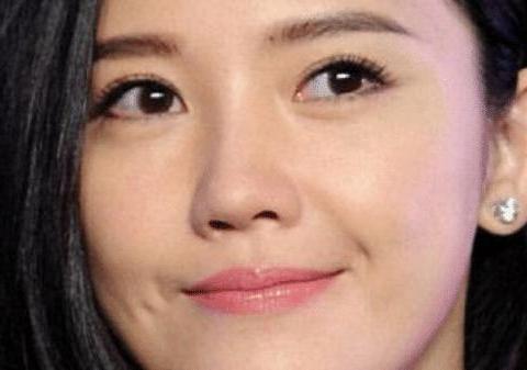 青春靓丽的杨子珊,独特的演绎风格,被誉为赵薇的接班人