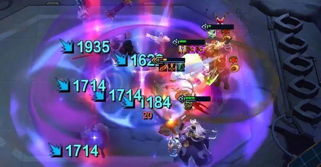 云顶之弈S4赛季上线,猩红之月被抛弃,锐雯与重秘狐成上分首选(图7)