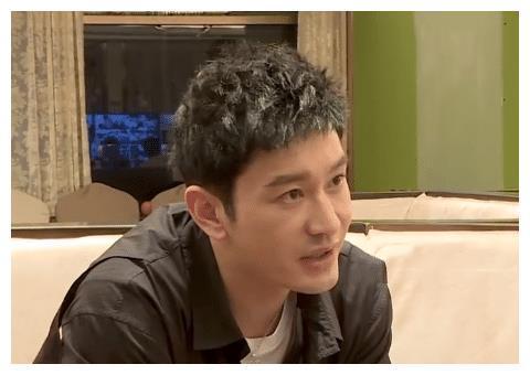 """王俊凯回归《中餐厅》,黄晓明的做法很暖心,不愧是曾经""""搭档"""""""
