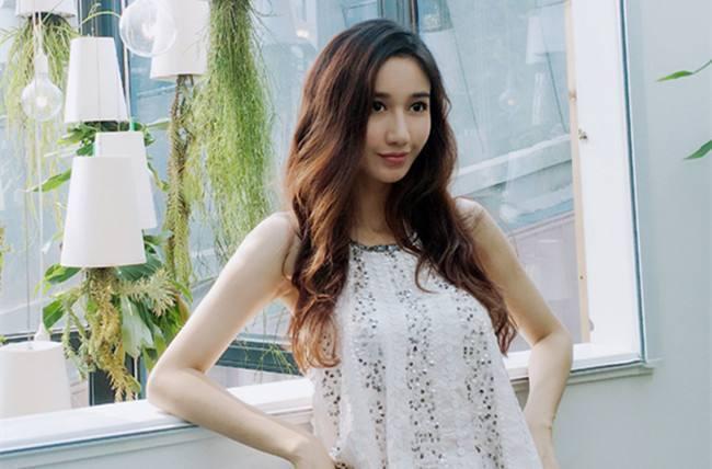 徐峥捧6年都捧不红的女演员,黄渤只花了10秒钟,就让她一炮而红