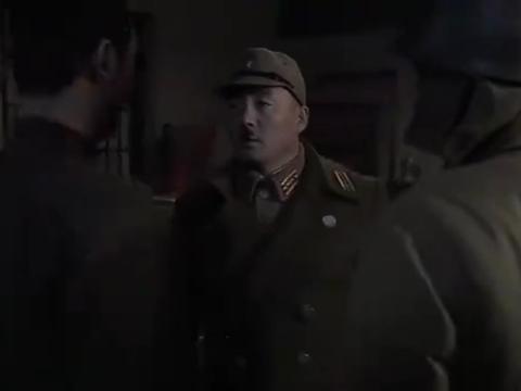 地道战:八路军攻打县城,队长想里应外合