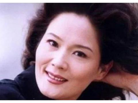 《渴望》导演找她9次演刘慧芳,杨青为何最后演了徐月娟?
