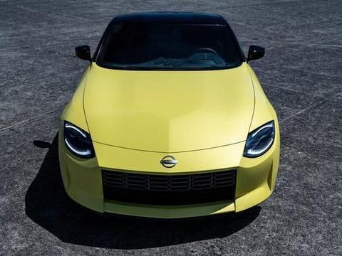 致敬经典,日产Z Proto搭400匹V6双涡轮配6速手动+机械手刹