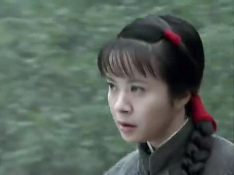 菊子拿刀砍土匪,没想到东洋妞护着他,还叫他当家的!