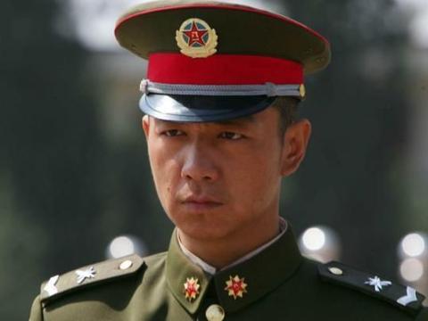 《士兵突击》:伍六一为何要拒绝司务长职位,这样的选择傻么?