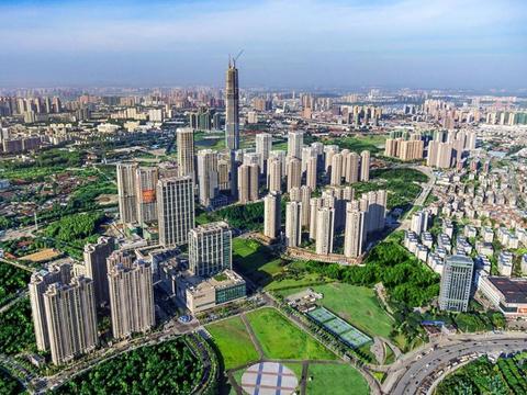 武汉霸气的区,经济总量高达1304亿,远超武昌,却不是汉阳