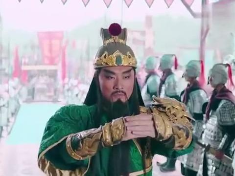 赵子龙:盟军阵中无人敢应战,关羽霸气出战,直接温酒斩华雄