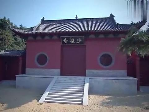 武松首次拜入少林寺,大钟竟未敲自响,方丈一看真是惊为天人!