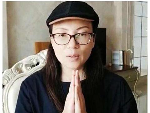 苟晶被顶替为何当时不上诉,要等18年才反击?专家:她是聪明人