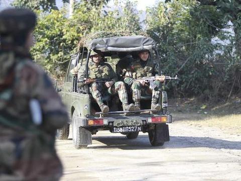 印度陆军险遭重大袭击!400包炸药设下埋伏,爆炸前遭破坏