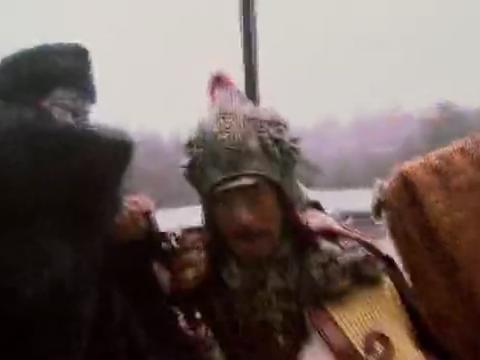 薛仁贵受了杨藩的诡计,最后被杨藩给算计致死。