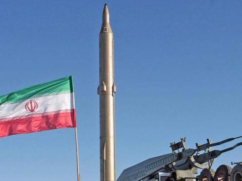 上门挑衅,美军航母再闯波斯湾,俄媒提议:可将巡航导弹卖给伊朗
