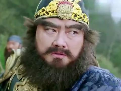 武神赵子龙:关羽一刀斩杀来将,以表忠心,这一段实在是太猛了