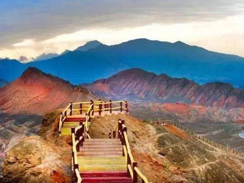 """甘肃被迪士尼选中的景区,曾被誉""""中国最美"""",如今再让世界惊艳"""