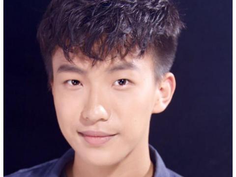 《约定》又一单元杀青,李雪健搭档徐帆,配角都是实力演员