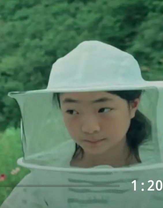 徐峥女儿被曝近照,五官几乎为爸爸翻版,陶虹曾鼓励其是独一无二