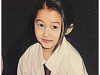 女明星童年照片:杨紫的忍了,杨幂的忍了,看到关晓彤:忍不了了