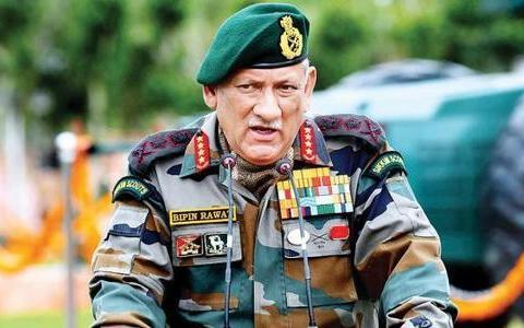 """印度军队后勤太烂,边境17万士兵啃""""板砖"""",口粮竟比钢刀还硬"""