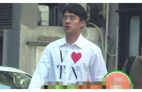 刘昊然发福成瘦版杜海涛,成油腻中年大叔,其实是为新片角色增肥