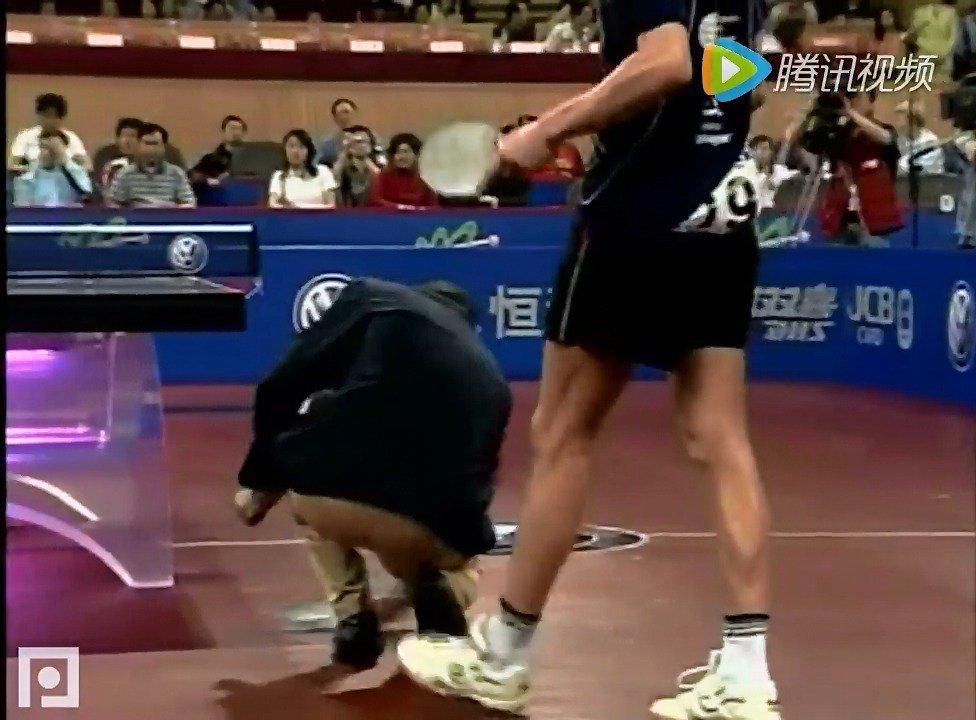 2005年世乒赛 梅兹vs郝帅的4分钟比赛视频 一起来回忆下